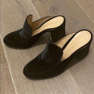 Adorable black velvet slide on Heels